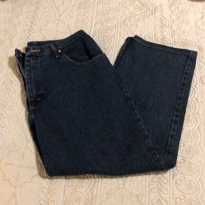 Wrangler relaxed fit jeans, 38 x 30